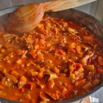 Готовият доматен сос