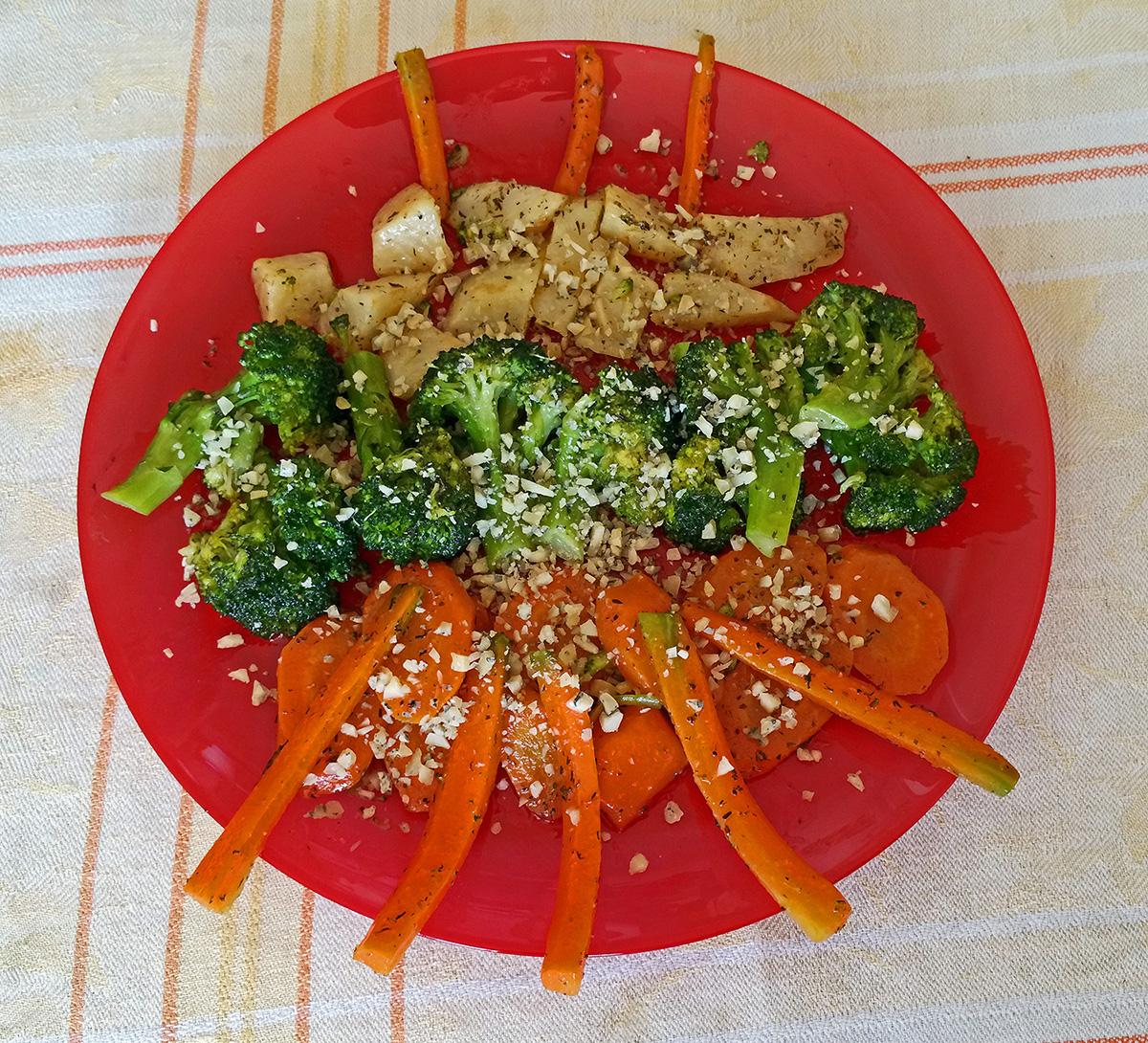 Задушени зеленчузи с пармезан
